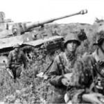300px-Bundesarchiv_Bild_101III-Zschaeckel-206-35,_Schlacht_um_Kursk,_Panzer_VI_(Tiger_I)