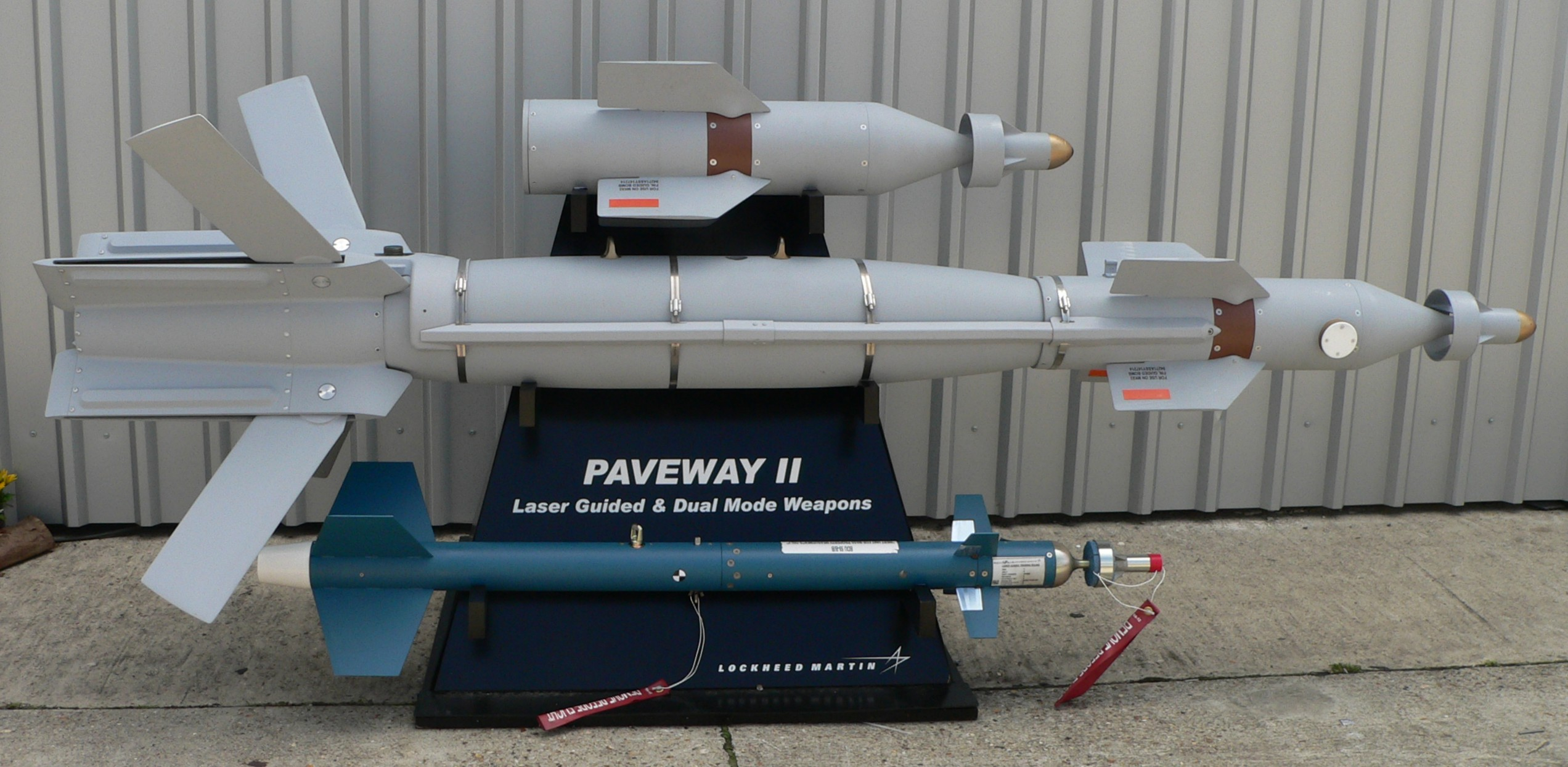 Paveway_II_p1230135